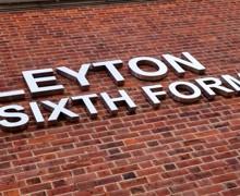 Leyton01 266 hr